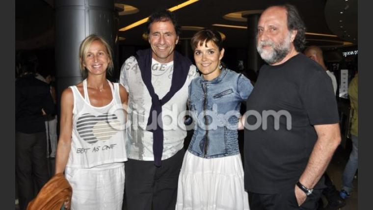 Todos los famosos en el estreno de Tesis sobre un homicidio (Foto: Jennifer Rubio).
