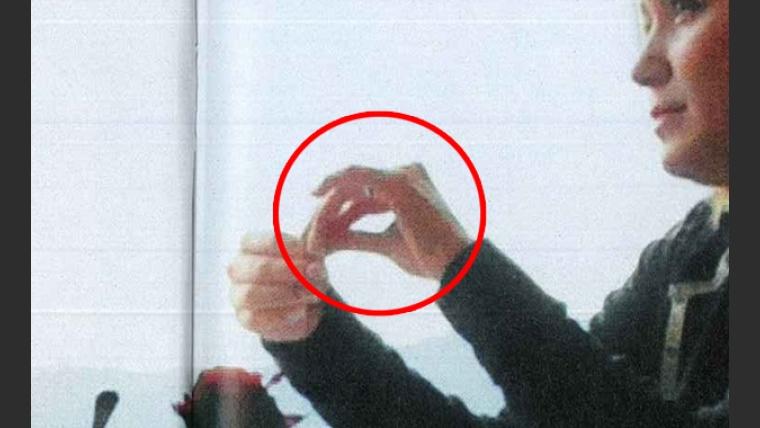 Karina lució un anillo ¿de compromiso? (Foto: revista Caras).