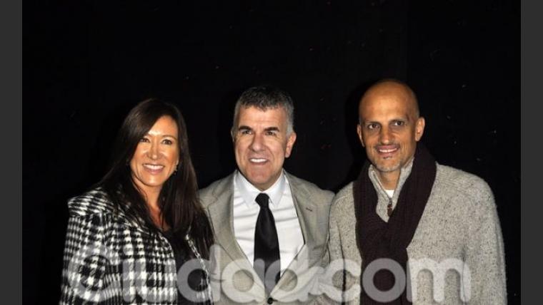 Rodeado de su familia y famosos, Dady Brieva estrenó Dadyman (Fotos: Jennifer Rubio).