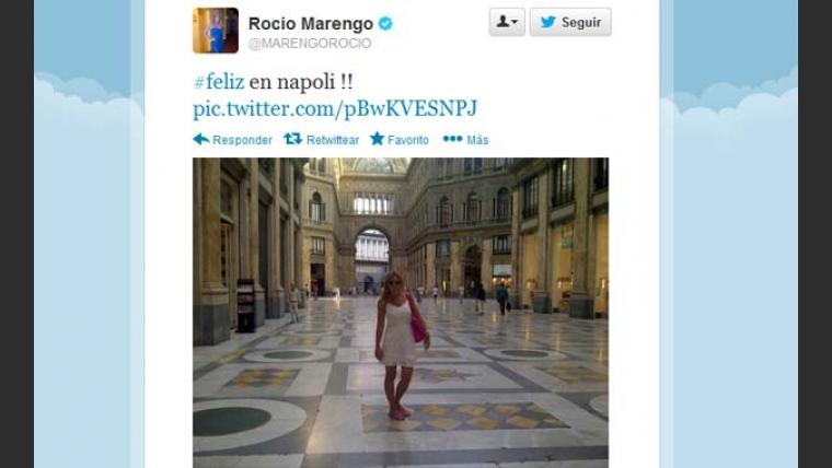 Rocío Marengo en Twitter, feliz de pasear en Nápoli. (Foto: @MARENGOROCIO)
