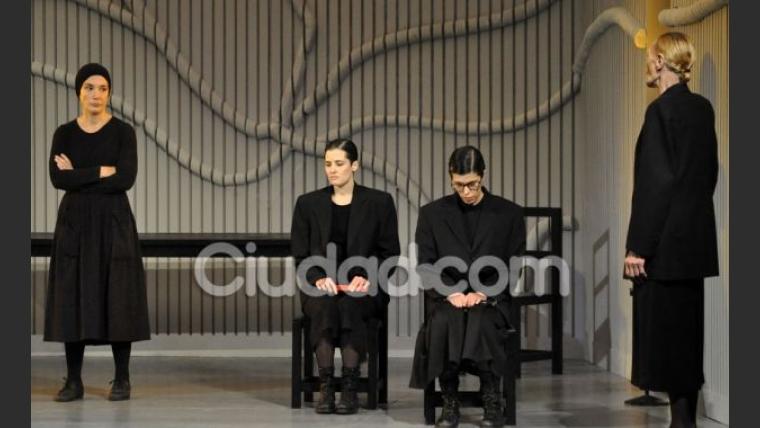 Andrea Bonelli, Flor Torrente, Valentina Bassi y Norma Pons. (Foto: Jennifer Rubio-Ciudad.com)