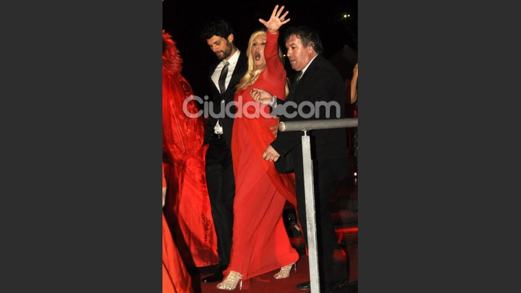 Susana Giménez, feliz y de rojo. (Foto: Jennifer Rubio-Ciudad.com)