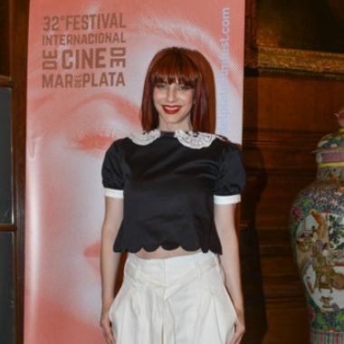 Romina Gaetani, diosa en al presentación de la programación del Festival de cine de Mar del Plata