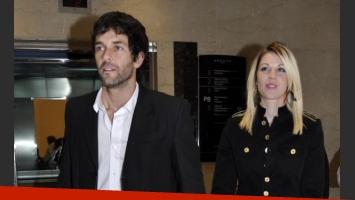 Mariano Martínez y su bella mujer. (Foto: Jennifer Rubio)