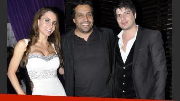 Tomás Costantini y Stefanía Colombo, junto al Mago Black. (Foto: Jennifer Rubio)