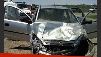 Así quedó el auto en el que viajaba Matías Alé. (Foto: Web)