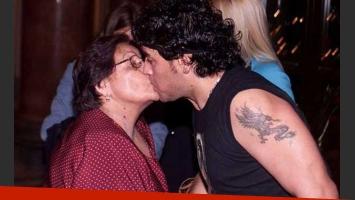Doña Tota y Diego Maradona. (Foto: Web)