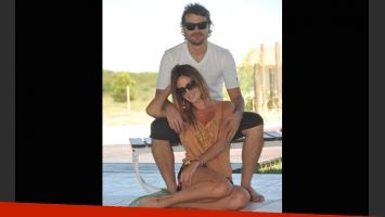 Peter Alfonso y Paula Chaves, conviviendo en Carlos Paz. (Foto: gentileza La Voz del Interior)