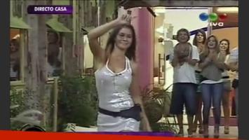 Noelia Ríos, la escultural morocha que jura ser virgen fue eliminada de GH 2012