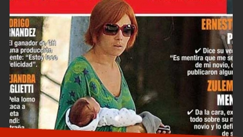 La primera foto de Juana Viale con Alí… ¡y pelirroja! (Foto: Revista Papazrazzi)