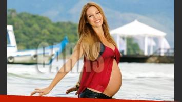 Pampita luce más linda que nunca, embarazada de 9 meses (Foto: Caras).