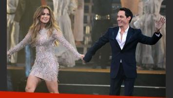 Jennifer Lopez y Marc Anthony juntos en el escenario (Foto: Web)