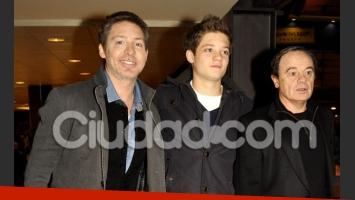 Adrián Suar, su hijo Tomás y Pablo Codevilla, en el estreno de Atraco. (Foto: Jennifer Rubio - Ciudad.com)
