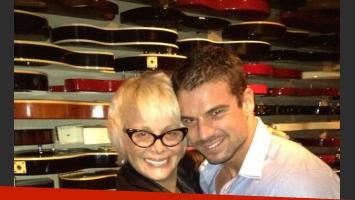 Carmen Barbieri junto a un amigo, en Nueva York. (Foto: Twitter)