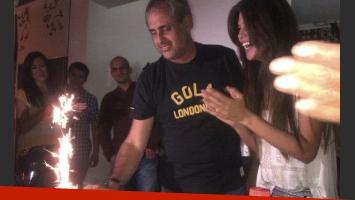 La Niña Loly organizó una fiesta sorpresa a Jorge Rial por su cumpleaños. (Foto: Twitter)
