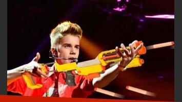 Justin Bieber, acusado por golpear a una mujer con un arma de juguete. (Foto: archivo web)