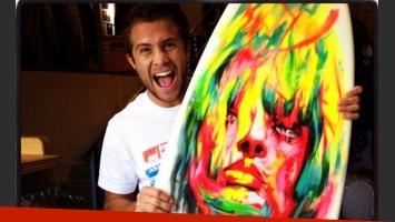 Nicolás Riera, un galán fanático del surf (Foto: Instagram).