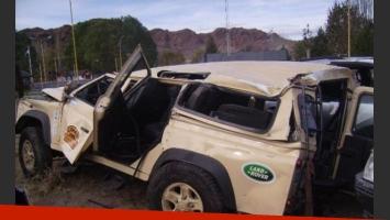Así quedó la camioneta de Matías Garfunkel (Foto: gentileza diario Río Negro).