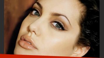 Tras la mastectomía preventiva de Angelina Jolie, murió su tía de cáncer de mama.