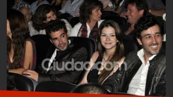 Nicolás Cabré y la China Suárez, enamorados en el estreno (Foto: Jennifer Rubio).
