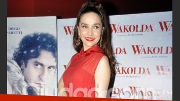Natalia Oreiro, diosa de rojo en la avant premiere de Wakolda (Foto: Jennifer Rubio).