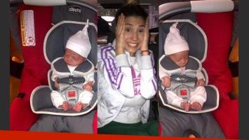 Las mellizas Charís y Bella se van de alta con Cinthia Fernández, una mamá feliz. (Foto: @MaquiDefederico)
