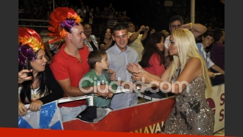 Verónica Ojeda, en la comparsa del carnaval de Gualeguaychú. (Fotos: Jennifer Rubio - Ciudad.com)