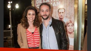 Julia Mengolini y Diego Iglesias, enamoradísimos en la presentación de
