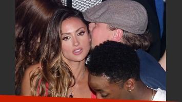 Leonardo DiCaprio junto a la sensual modelo Katie Cleary. (Foto: http://www.dailymail.co.uk/)