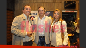 Jorge Rama y su flamante esposa, Karina Lebed Kemper. (Foto: Flashes.com.uy)