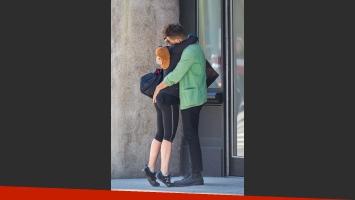 Scarlett Johansson y su pareja, apasionados en Nueva York (Fotos: Grosby Group).