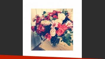 El ramo de flores de papá Marcelo. (Foto: Instagram)