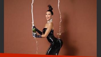 Kim Kardashian en la portada de Paper. (Foto: Jean-Paul Goude)