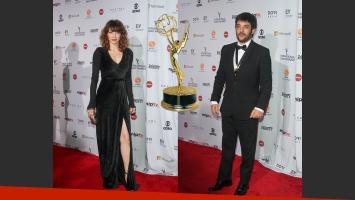Pablo Rago y Romina Gaetani en la red carpet de los premios Emmy. (Fotos: Grosby)