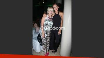 Claudia Villafañe con Lucha Aymar en el evento.  (Foto: Movilpress)