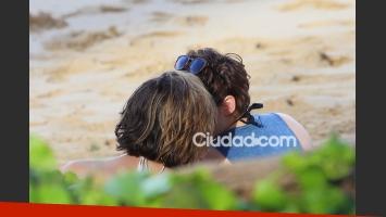 Kristen Stewart, muy cerca de su exasistente Alicia Cargile (Foto: Grosby)