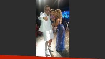 Vanina Escudero y Álvaro Navia recibieron la visita del pequeño Benicio (Fotos: Twitter).