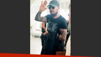 Marcelo Tinelli regresó a Buenos Aires. (Foto: revista Paparazzi)