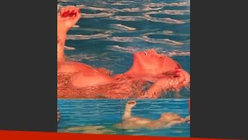 Carmen Barbieri, a los 59 años, se animó al topless: la actriz de Leonas hace la plancha sin corpiño (Foto: Revista Caras)