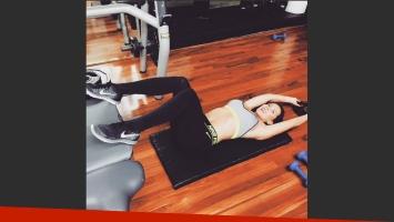 Julieta Camaño perfecciona su escultural cuerpo en el gimnasio. (Foto: instagram.com/julietacam/)