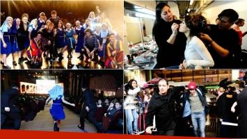 El detrás de escena de Esperanza Mía en el teatro: mirá las fotos del back de Lali Esposito y Mariano Martínez. Foto: Clarín Espectáculos