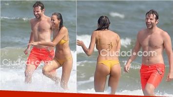 Irina Shayk y Bradley Cooper, mimosos en la playa. Foto: Grosby Group