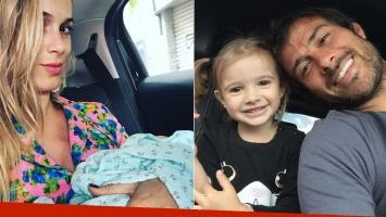 La primera selfie de Chechu Bonelli con su hija Carmela (Foto: Instagram)