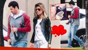 El novio de Eugenia Tobal, al salir de la casa de la actriz en San Isidro. Fotos: revista Paparazzi