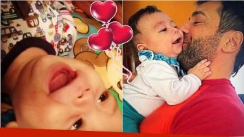 Las carcajadas de Félix, el hijo de Gustavo Conti y Ximena Capristo: