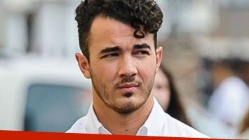 Kevin Jonas de los Jonas Brothers testifica en juicio a la FIFA