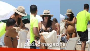 Isabel Macedo, embarazadísima de 5 meses en las playas de Punta del Este junto a Juan Manuel Urtubey