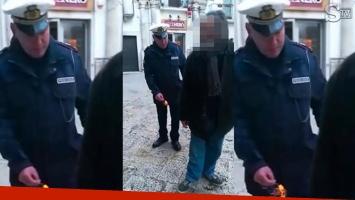 Policía italiano lanzó petardo a anciano