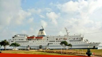 La embarcación Logos Hope es considerada la librería flotante más grande del mundo