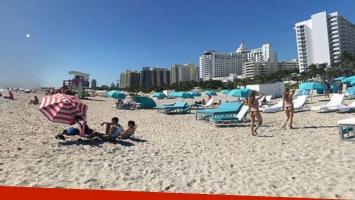 La imagen de una playa de Miami desata un misterio en las redes